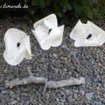 20€-Coquelicots blancs cassés sur branche